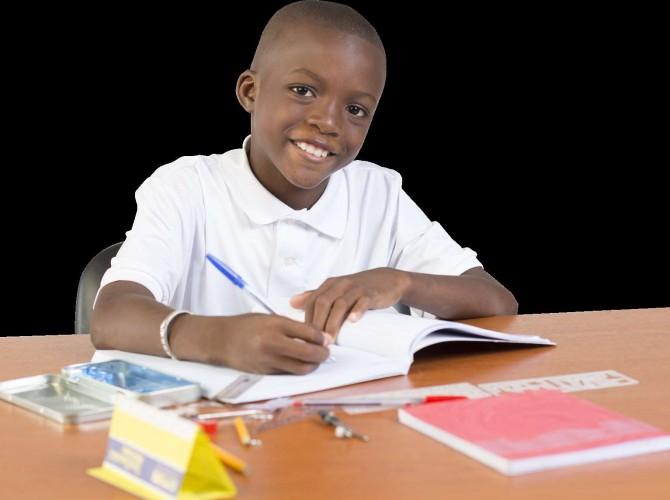 Fils qui étudie